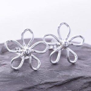 Daisy Wirework Silver Earrings